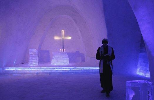 Snow Church.jpg